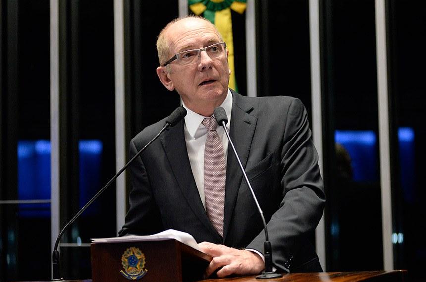 Plenário do Senado Federal durante sessão deliberativa ordinária.   Em discurso, senador Paulo Bauer (PSDB-SC).  Foto: Jefferson Rudy/Agência Senado