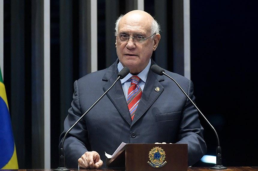 Plenário do Senado Federal durante sessão deliberativa ordinária.   Em discurso, senador Lasier Martins (PSD-RS).   Foto: Waldemir Barreto/Agência Senado