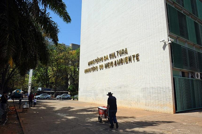 Fachada do Ministério da Cultura (MinC) e do Ministério do Meio Ambiente (MMA).  Foto: Marcos Oliveira/Agência Senado