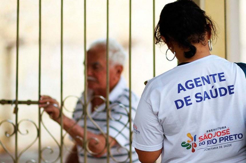 Resultado de imagem para imagens dos agentes de saúde