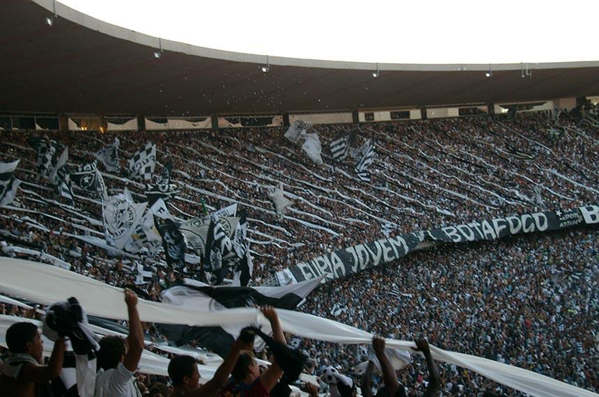 1 de março de 2009 Torcida do Botafogo de Futebol e Regatas, no Maracanã, durante a final da Taça Guanabara de 2009. Botafogo 3-0 Resende.
