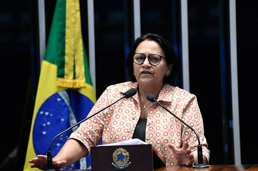 Plenário do Senado Federal durante sessão deliberativa ordinária.   Em discurso, à tribuna, senadora Fátima Bezerra (PT-RN).  Foto: Edilson Rodrigues/Agência Senado