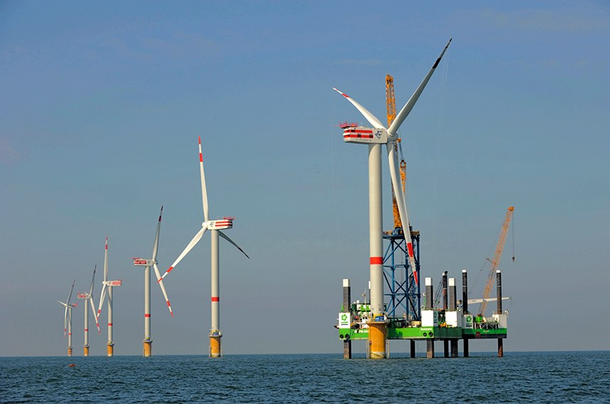 Offshore eólica de Thornton Bank, na Bélgica. Usina de pré sal eólica  Aufbau Offshore-Windpark Thornton Bank, Belgien 1.Phase, 6 x Repower 5M für Repower Systems AG 19.9.2008 (c) Foto: Jan Oelker/Repower  Repowe Systems AG