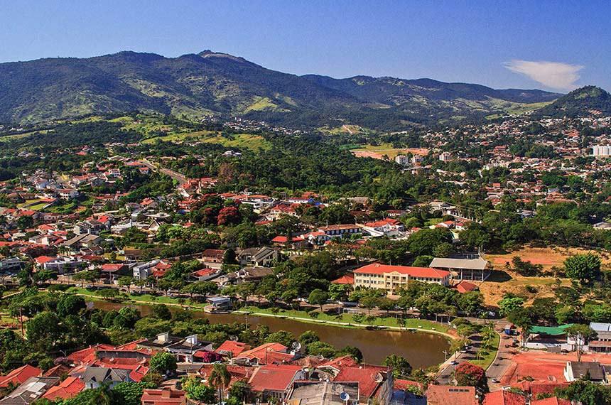 Vista do município de Atibaia (SP).