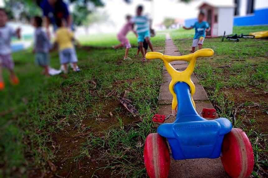 Lei Retira Poder Familiar De Pais Que Cometam Crime Contra