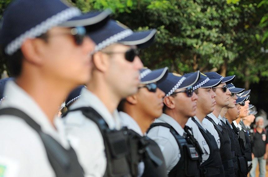 Os 200 praças foram locados nos 8º e 10º batalhões de Polícia Militar da cidade com o objetivo de melhorar a qualidade da segurança na região.