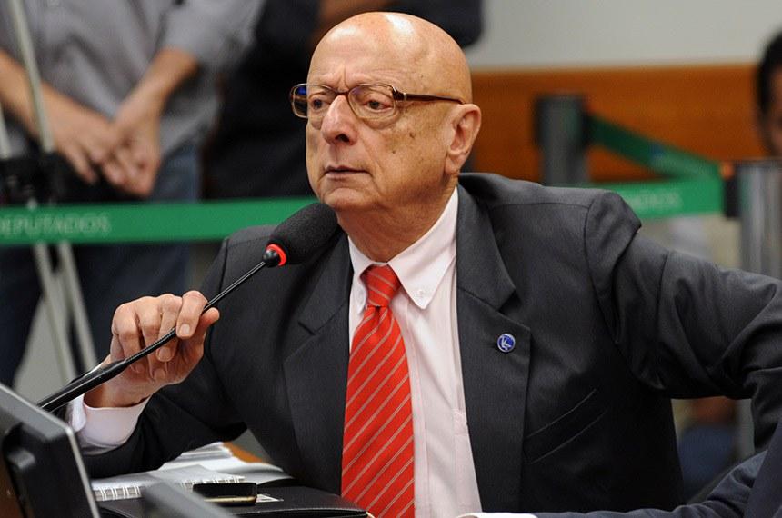 Reunião Ordinária.   Em pronunciamento, deputado federal Esperidião Amin (PP-SC).   Foto: Billy Boss/Câmara dos Deputados