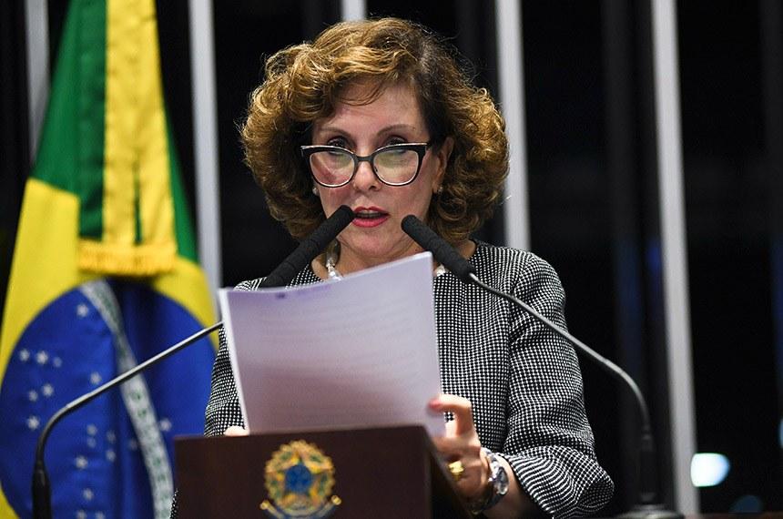 Plenário do Senado Federal durante sessão deliberativa ordinária.   Em discurso, à tribuna, senadora Ione Guimarães (PTB-GO).  Foto: Jefferson Rudy/Agência Senado