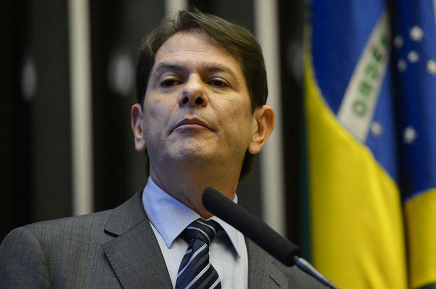 O ministro da Educação, Cid Gomes, participa de Comissão Geral na Câmara para explicar sua declaração sobre parlamentares (Fabio Rodrigues Pozzebom/Agência Brasil)