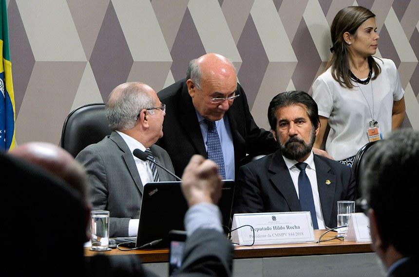 Comissão Mista da Medida Provisória (CMMPV) nº 844 de 2018 (altera marco legal do saneamento básico) realiza reunião deliberativa para apreciação de relatório.   Foto: Roque de Sá/Agência Senado