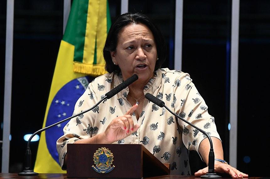 Plenário do Senado Federal durante sessão deliberativa ordinária.   Em discurso, à tribuna, senadora Fátima Bezerra (PT-RN).  Foto: Marcos Oliveira/Agência Senado