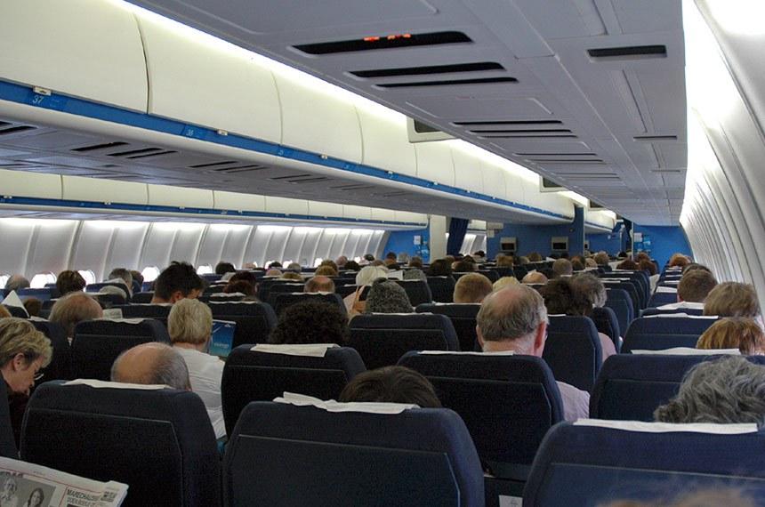 Interior de uma aeronave KLM MD-11 PH- KCH construído em 1995 para uma companhia aérea holandesa.