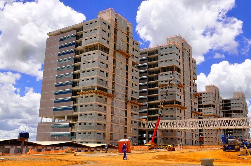 Obras da sede do Governo do Distrito Federal – GDF Centro Administrativo.