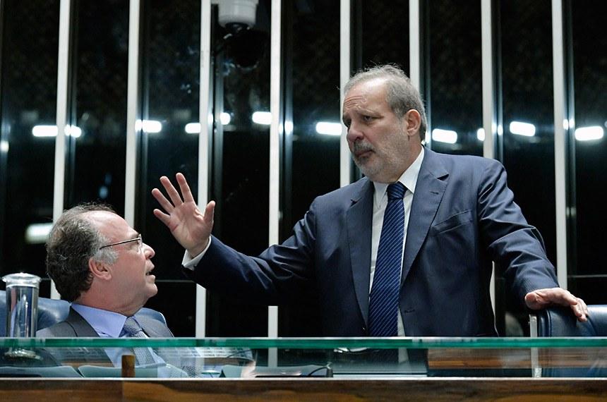 Plenário do Senado Federal durante sessão deliberativa extraordinária.   Mesa: senador Fernando Bezerra Coelho (MDB-PE);  senador Armando Monteiro (PTB-PE).  Foto: Geraldo Magela/Agência Senado