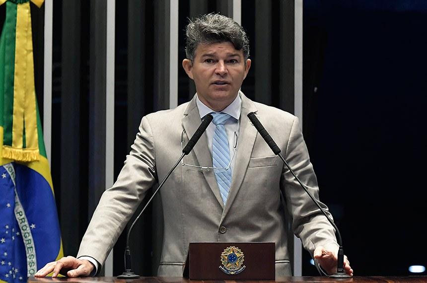 Plenário do Senado Federal durante sessão deliberativa ordinária.   Em discurso, à tribuna, senador José Medeiros (Pode-MT).  Foto: Waldemir Barreto/Agência Senado