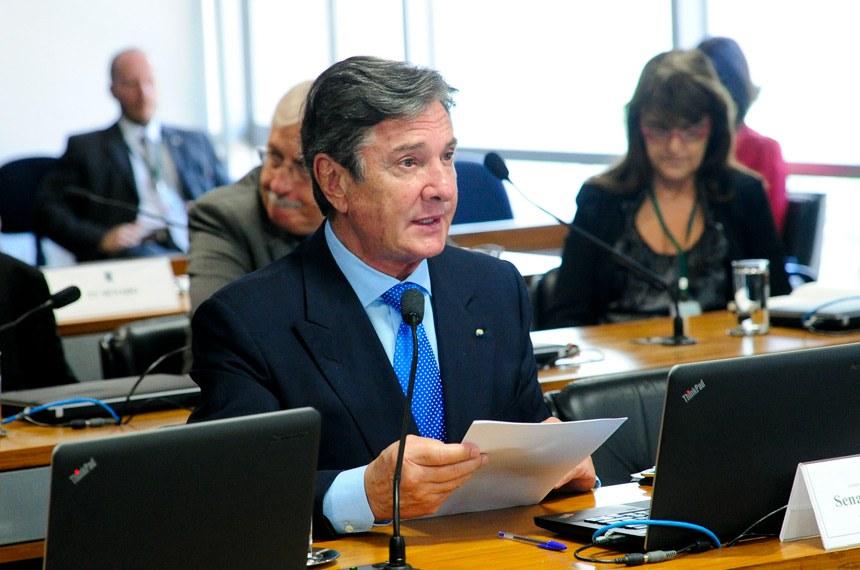 Relator da proposta na Comissão Mista de Controle das Atividades de Inteligência, Fernando Collor considera que os documentos com informações sobre setores estratégicos da defesa nacional devem ser lidos por todos