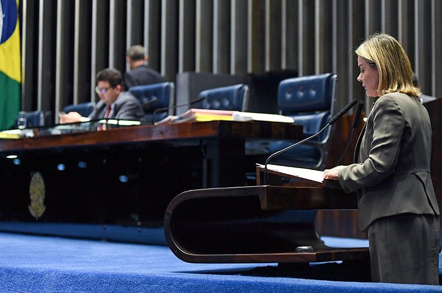 Plenário do Senado Federal durante sessão deliberativa ordinária.   Em discurso, à tribuna, senadora Gleisi Hoffmann (PT-PR).  À mesa, senador Cidinho Santos (PR-MT), conduz sessão.  Foto: Jefferson Rudy/Agência Senado