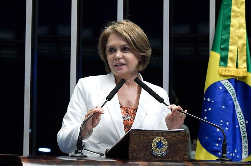 Plenário do Senado Federal durante sessão deliberativa ordinária.   Em discurso, à tribuna, senadora Ângela Portela (PDT-RR).   Foto: Waldemir Barreto/Agência Senado