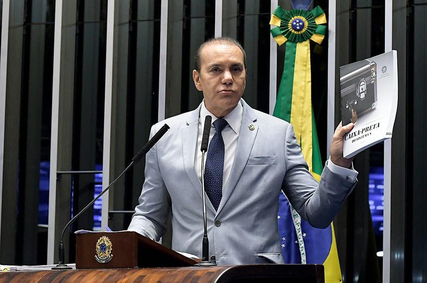 Plenário do Senado Federal durante sessão deliberativa ordinária.   Em discurso, senador Ataídes Oliveira (PSDB-TO).   Foto: Waldemir Barreto/Agência Senado