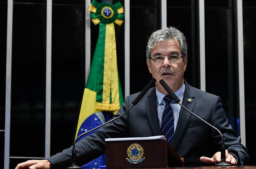 Plenário do Senado Federal durante sessão deliberativa ordinária.   À tribuna em discurso, senador Jorge Viana (PT-AC).  Foto: Moreira Mariz/Agência Senado