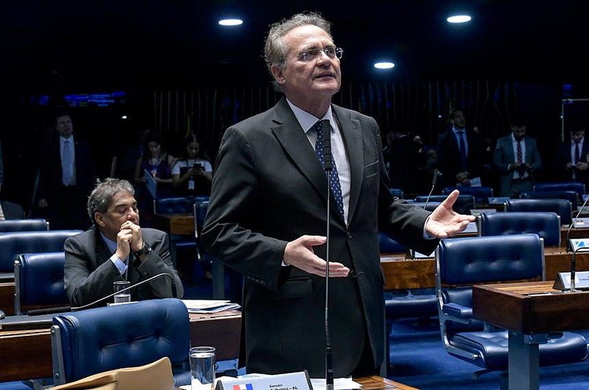 Plenário do Senado Federal durante sessão deliberativa extraordinária.   À bancada em pronunciamento, senador Renan Calheiros (MDB-AL).  Foto: Waldemir Barreto/Agência Senado