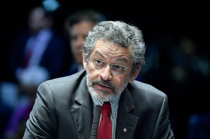 O senador Paulo Rocha (PT-PA) disse que Eunício Oliveira defendeu a independência e a harmonia entre os Poderes