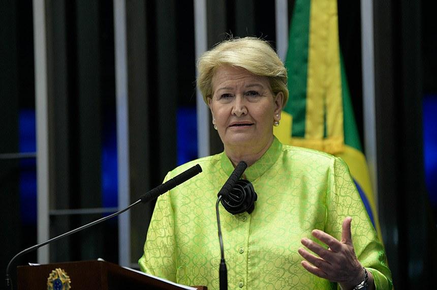 Plenário do Senado Federal durante sessão não deliberativa.   Em discurso, à tribuna, senadora Ana Amélia (PP-RS).  Foto: Pedro França/Agência Senado