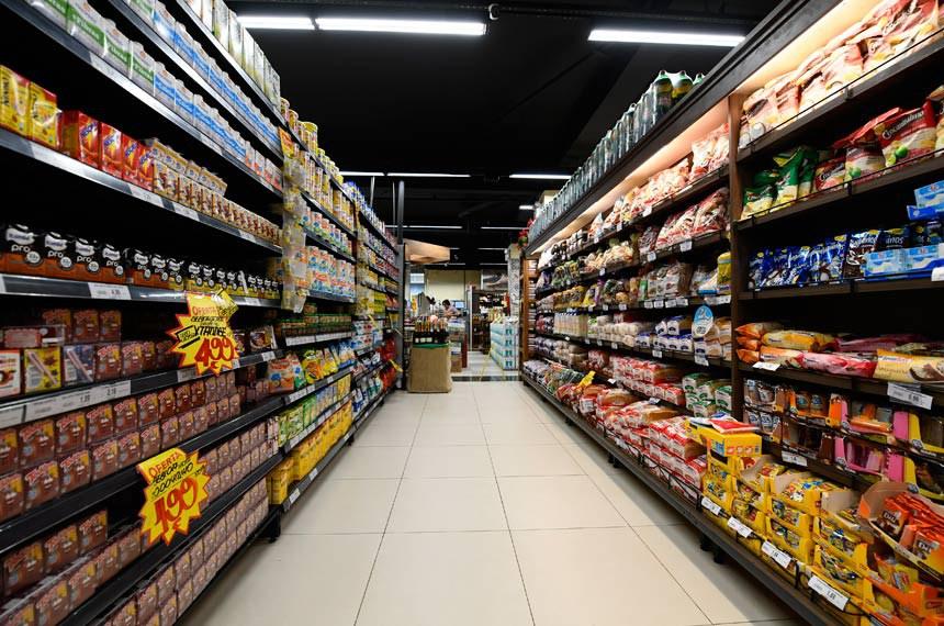 Banco de Imagens Externas - Supermercado dona de casa em Sobradinho.    Foto: Marcos Oliveira/Agência Senado