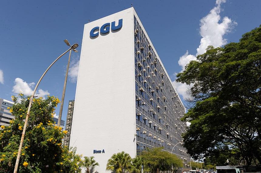 Fachada externa das sedes da Controladoria-geral da União (CGU).