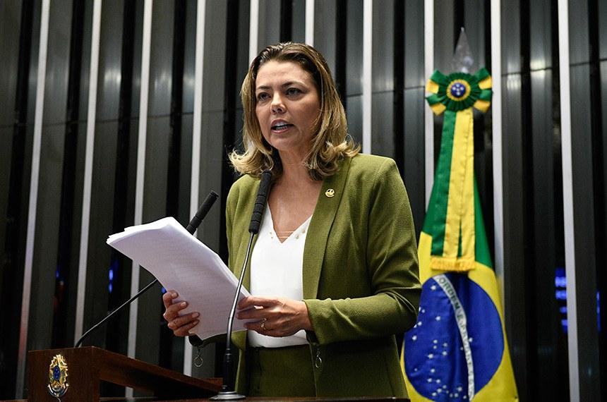 Plenário do Senado Federal durante sessão não deliberativa.   Em discurso à tribuna,  senadora Leila Barros (PSB-DF).  Foto: Pedro França/Agência Senado