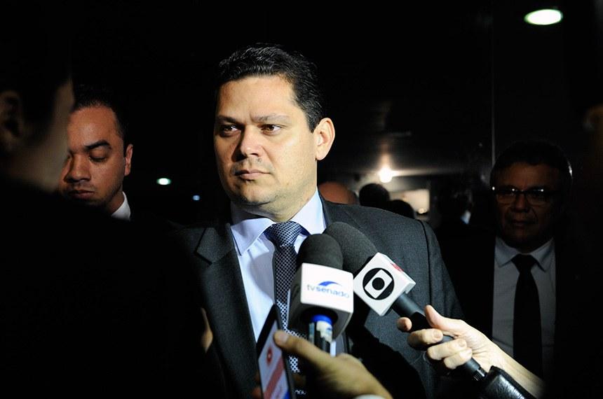 Presidente do Senado, senador Davi Alcolumbre (DEM-AP), concede entrevista.  Foto: Jane de Araújo/Agência Senado