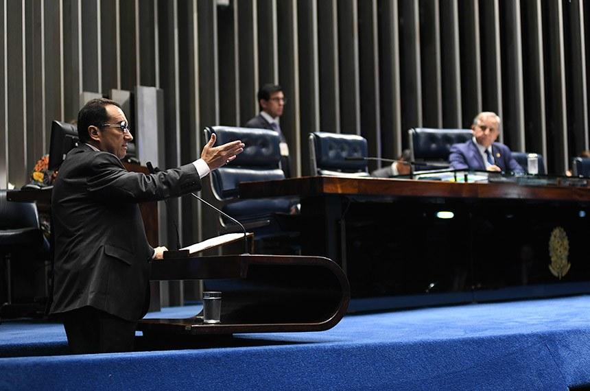 Plenário do Senado Federal durante sessão não deliberativa.   À mesa, senador Izalci (PSDB-DF) conduz sessão.  Em discurso, à tribuna, senador Jorge Kajuru (PSB-GO).  Foto: Jefferson Rudy/Agência Senado