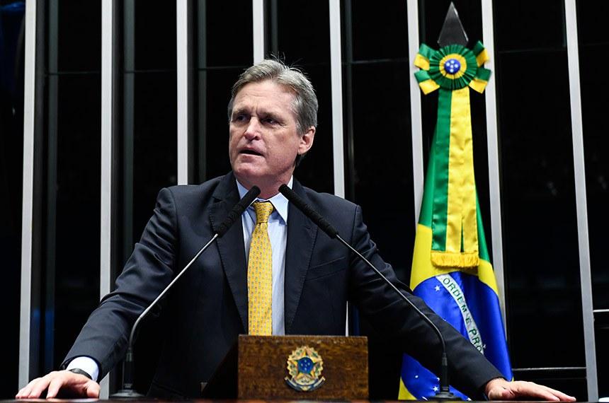 Plenário do Senado Federal durante sessão não deliberativa.   Em discurso, à tribuna, senador Dário Berger (MDB-SC).  Foto: Roque de Sá/Agência Senado