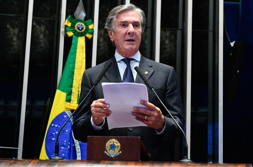 Plenário do Senado Federal durante sessão deliberativa ordinária.   Em discurso, à tribuna,  senador Fernando Collor (Pros-AL).  Foto: Roque de Sá/Agência Senado