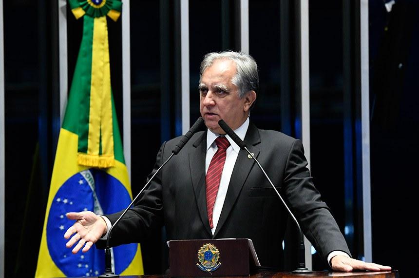 Plenário do Senado Federal durante sessão deliberativa ordinária.   Em discurso, à tribuna, senador Izalci (PSDB-DF).  Foto: Roque de Sá/Agência Senado