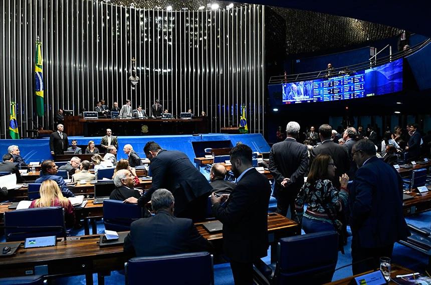 Plenário do Senado Federal durante sessão deliberativa ordinária.   Presidente do Senado Federal, senador Davi Alcolumbre (DEM-AP) à mesa conduz sessão.    Foto: Roque de Sá/Agência Senado