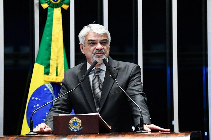 Plenário do Senado Federal durante sessão deliberativa ordinária.   Em discurso, senador Humberto Costa (PT-PE).  Foto: Roque de Sá/Agência Senado