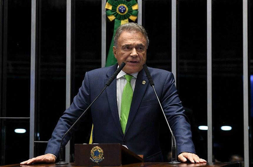 Plenário do Senado Federal durante sessão deliberativa ordinária.   Em discurso, à tribuna, senador Alvaro Dias (Pode-PR).  Foto: Jonas Pereira/Agência Senado