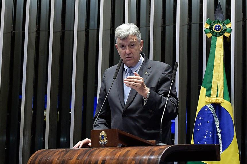 Plenário do Senado Federal durante sessão não deliberativa.   À tribuna em discurso, senador Luis Carlos Heinze (PP-RS).   Foto: Waldemir Barreto/Agência Senado