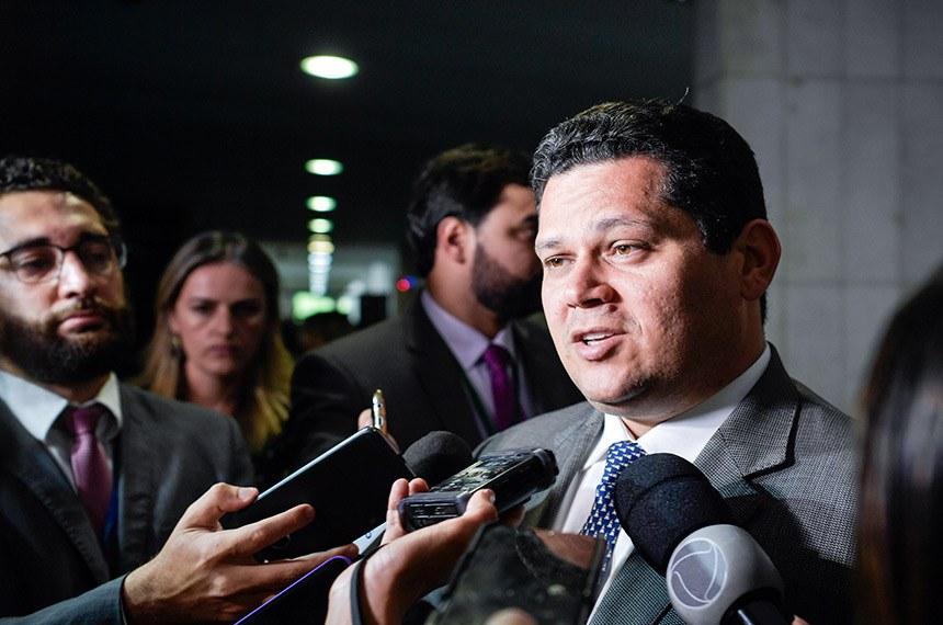 Preidente do Senado, senador Davi Alcolumbre (DEM-AP), concede entrevista.  Foto: Marcos Brandão/Senado Federal