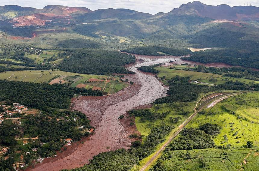 Brumadinho - MG, 26/01/2019 - Região atingida pelo rompimento da barragem de Brumadinho (MG).   Sobrevoo da região atingida pelo rompimento da barragem Mina Córrego do Feijão, em Brumadinho/MG.   Foto: Isac Nóbrega/PR