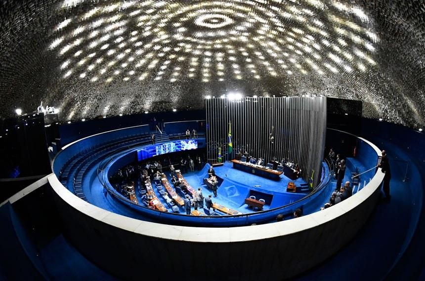 Plenário do Senado Federal durante sessão deliberativa ordinária. Ordem do dia.  Presidente do Senado Federal, senador Davi Alcolumbre (DEM-AP).  Foto: Marcos Oliveira/Agência Senado