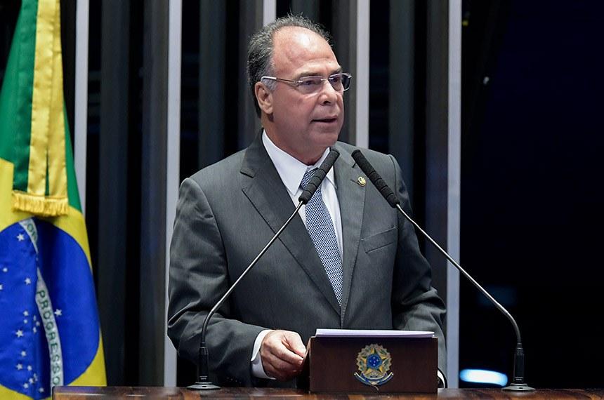 Plenário do Senado Federal durante sessão não deliberativa.   Em discurso, à tribuna, senador Fernando Bezerra Coelho (MDB-PE).  Foto: Waldemir Barreto/Agência Senado