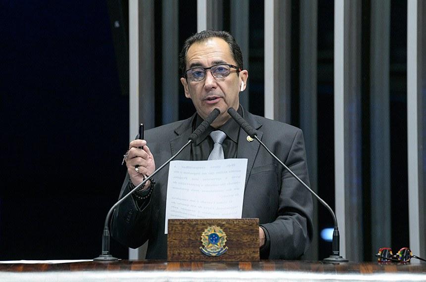 Plenário do Senado Federal durante sessão deliberativa ordinária.   Em discurso, à tribuna, senador Jorge Kajuru (PSB-GO).  Foto: Roque de Sá/Agência Senado