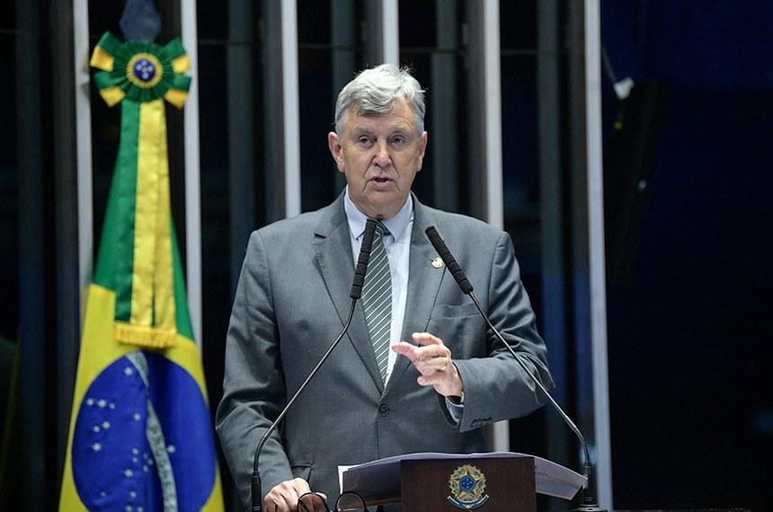 Plenário do Senado Federal durante sessão deliberativa ordinária.   Em discurso, à tribuna, senador Luis Carlos Heinze (PP-RS).  Foto: Roque de Sá/Agência Senado