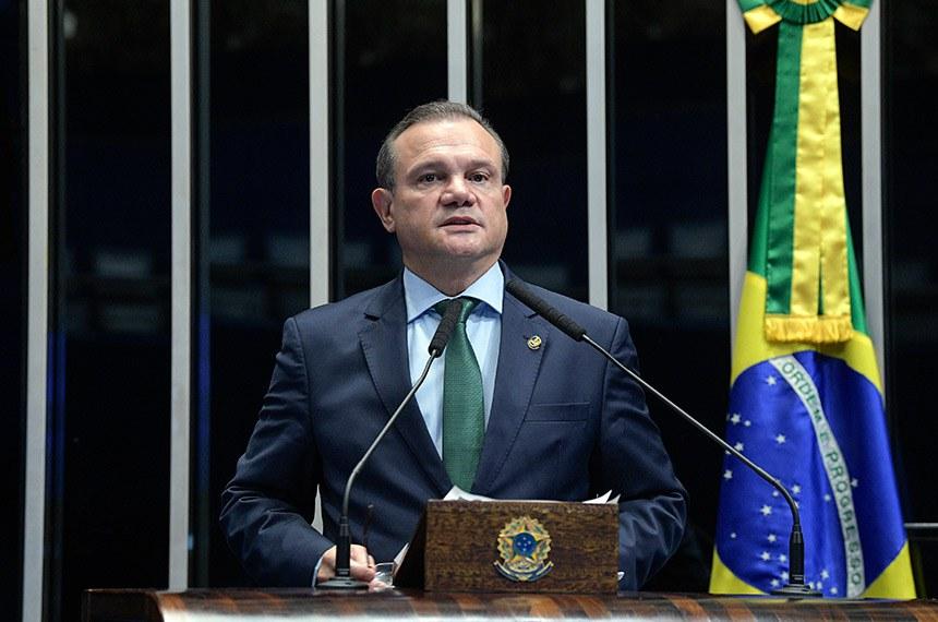 Plenário do Senado Federal durante sessão deliberativa ordinária.   Em discurso, à tribuna, senador Wellington Fagundes (PR-MT).  Foto: Roque de Sá/Agência Senado