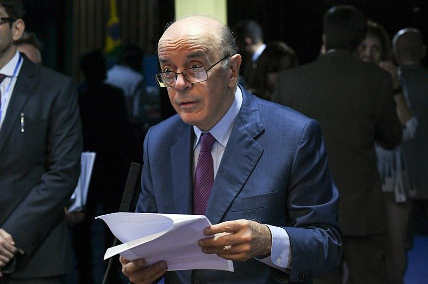 Plenário do Senado Federal durante sessão deliberativa ordinária.   À bancada, em pronunciamento, senador José Serra (PSDB-SP).   Foto: Jefferson Rudy/Agência Senado