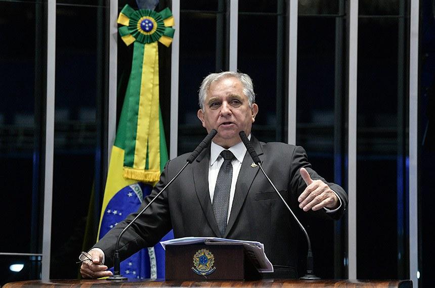 Plenário do Senado Federal durante sessão deliberativa extraordinária.  Em discurso, senador Izalci (PSDB-DF).   Foto: Roque de Sá/Agência Senado