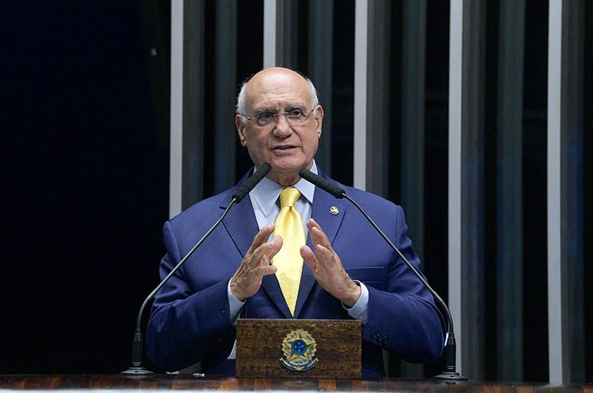 Plenário do Senado Federal durante sessão deliberativa extraordinária.   Em discurso, à tribuna, senador Lasier Martins (Pode-RS).  Foto: Roque de Sá/Agência Senado