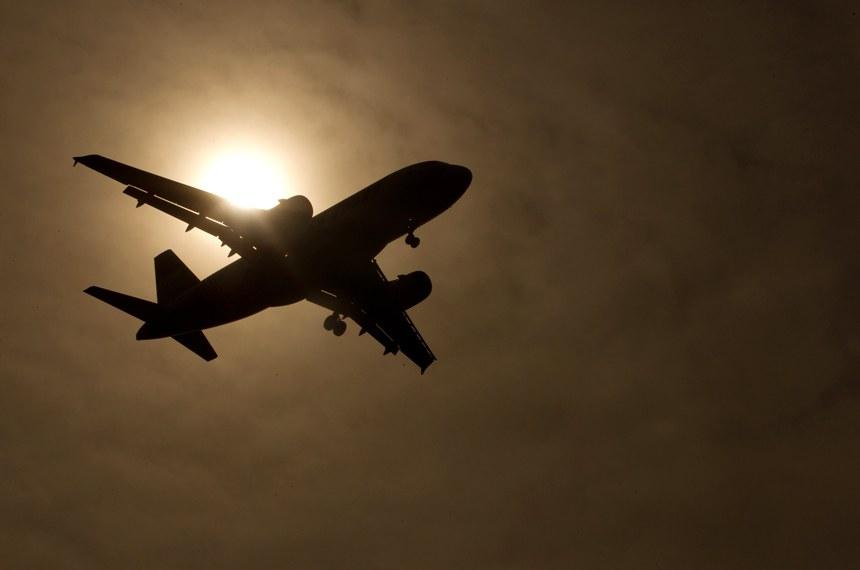 Subcomissão Temporária sobre Aviação Civil faz uma audiência pública para debater a aviação experimental, voltada para a construção amadora de aeronaves, como os ultraleves. No ranking mundial, o Brasil ocupa o terceiro lugar em número de pequenos aviões amadores construídos ou em construção